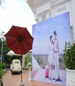 In backdrop đám cưới